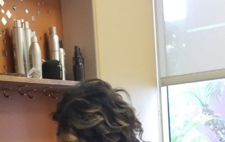 Hairstyle longer bob with dark root and highlights